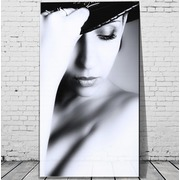 Cuadro Mujer C/Sombrero Digital 110x180 Ref.GC0100