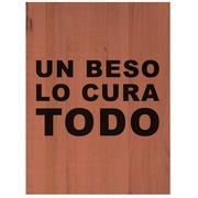 Cuadro de Madera Un Beso Lo Cura Todo 45x60cm