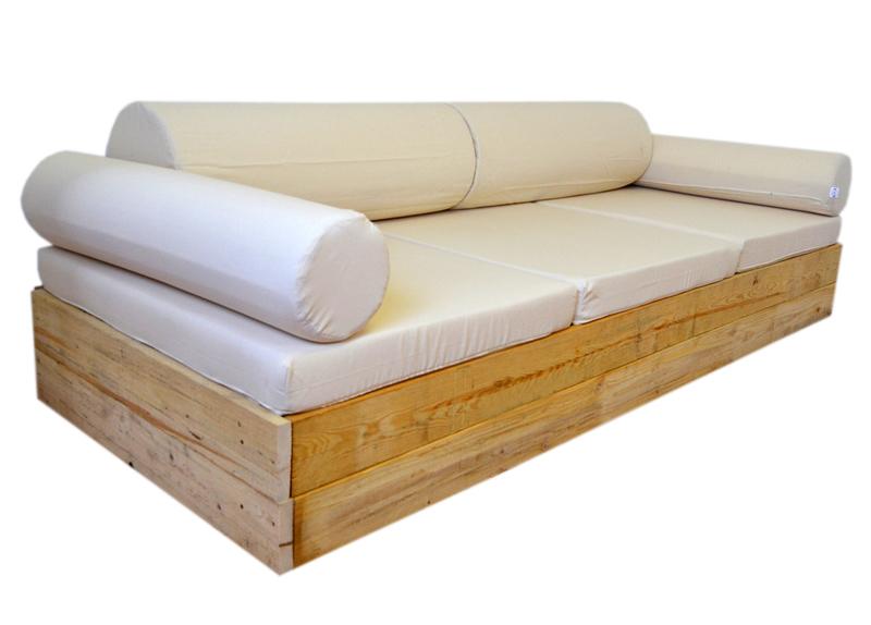 Sofa balinesa 106 x 246 recubierto de madera de pino for Sofa exterior de obra