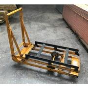Carro Fenwic Industrial Amarillo con Asa Usado